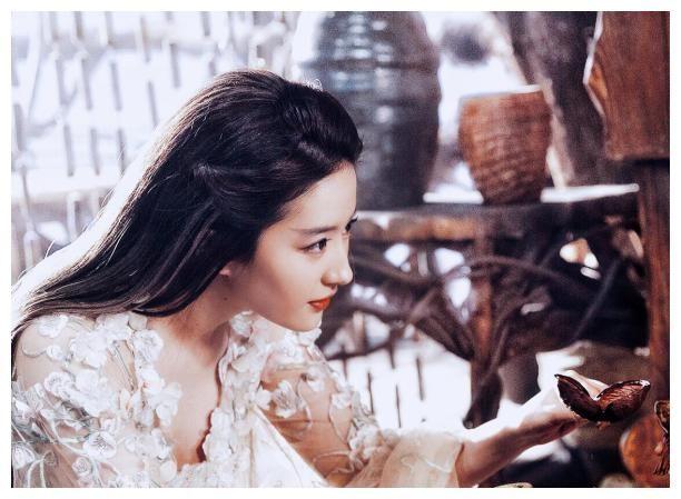 古裝劇雷人造型大盤點,楊冪韓雪太辣眼睛,劉嘉玲關曉彤髮型浮誇