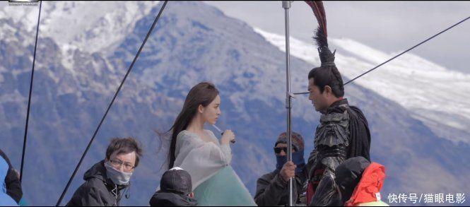 古天乐演吕布上雪山,娜扎穿薄纱看着都冷,真三国无双拍摄太拼了