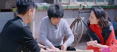 郭曉東媽媽慘遭排擠,《婆婆和媽媽》三組家庭聚餐,獨自坐在角落