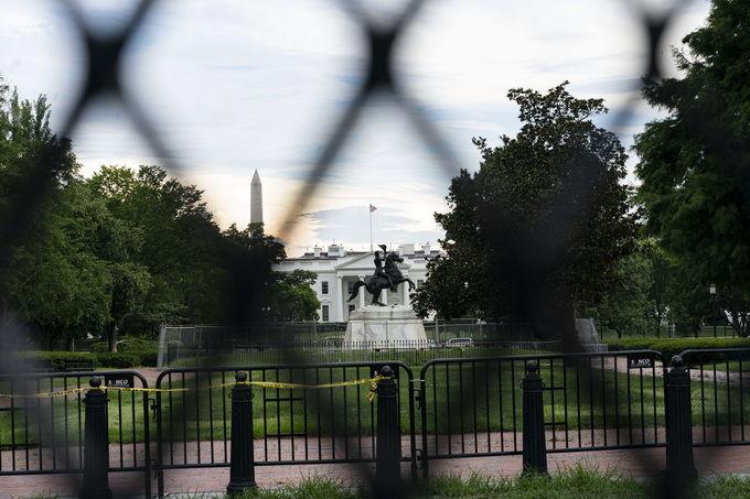 白宫新闻副发言人表态:美经济仍面临挑战。
