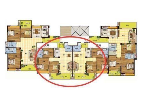 為什麼買房盡量要選擇中間兩邊的戶型最好別碰,行內人來告訴你