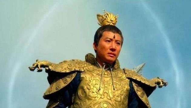 在封神演义中,杨戬和孔宣两人也不敌她,本能成仙,最后被杀!