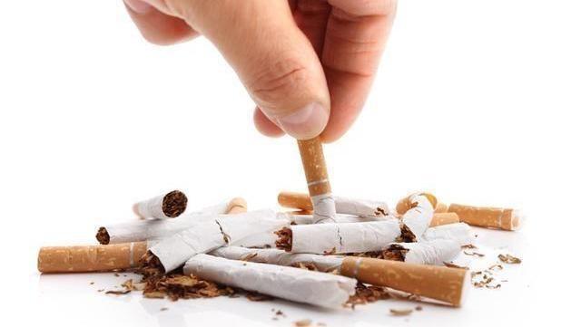 吸煙者,身體四處亮起「紅燈」,肺部可能逐漸變髒,再難也要戒煙