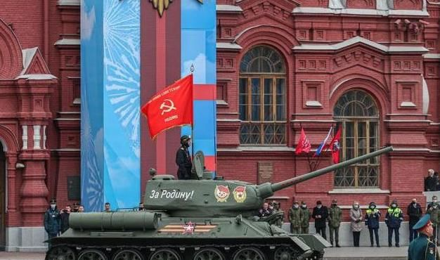 中俄堅定並肩作戰,普京撂下一句狠話,華春瑩迅速亮明中國態度