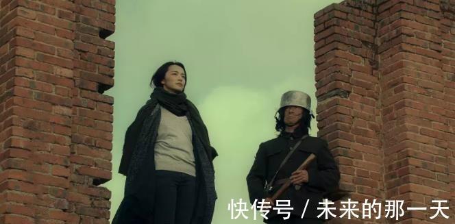 顶级流量|一口奶死《上海堡垒》,姚晨新片扑得更惨,八千万粉丝不管用