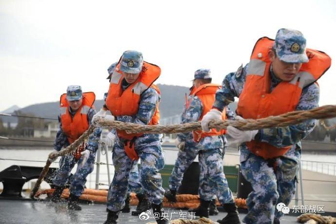 烎!東部戰區海軍開展實兵對抗訓練