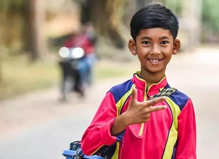 柬埔寨|会说16种语言爆红,柬埔寨语言天才两年后怎么样了?