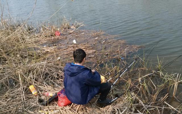 钓鱼遇到浑水怎么办巧用几个办法钩下鱼
