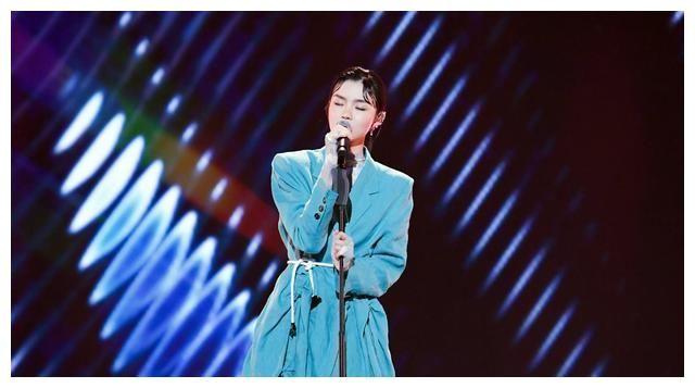 《上線吧!華彩少年》收官 颯爽女歌手張羽清獲華彩少年優秀代表