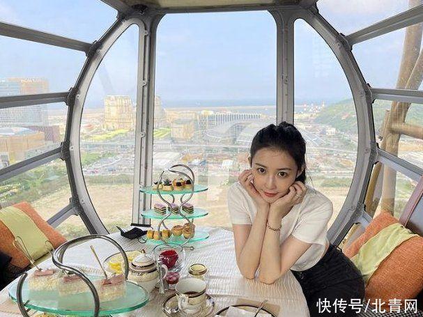 潘瑋柏懶理謠言 帶妻子體驗浪漫摩天輪下午茶