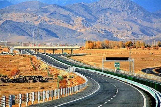北疆净土喀纳斯,探寻那迷人的秋色神韵