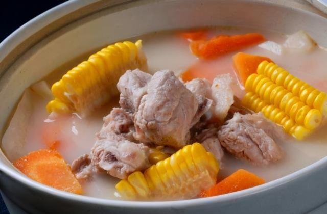 燉排骨湯,不要洗了就燉,牢記幾點竅門,肉鮮嫩湯鮮香,方法實用
