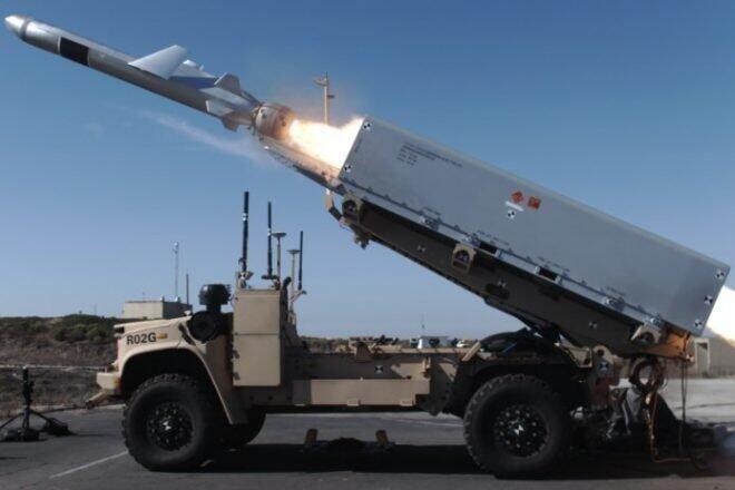 美军一项秘密测试曝光,用无人车发射导弹对付敌方军舰