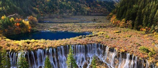 仙境 中国被誉为仙境的三大景区,门票虽贵却很值,对医务人员免费开放
