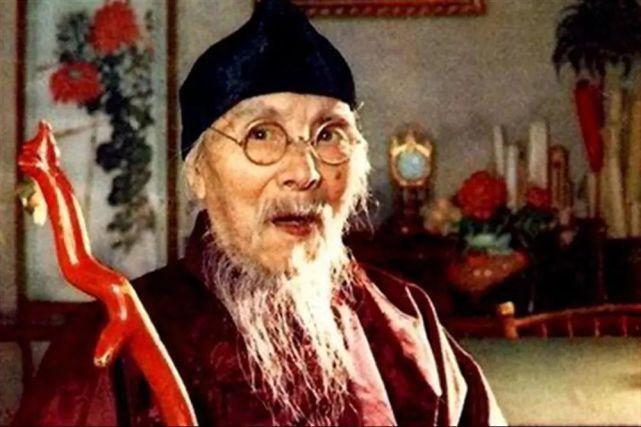 齐白石不顾反对,93岁执意娶22岁保姆,不料新婚前夕出了事儿